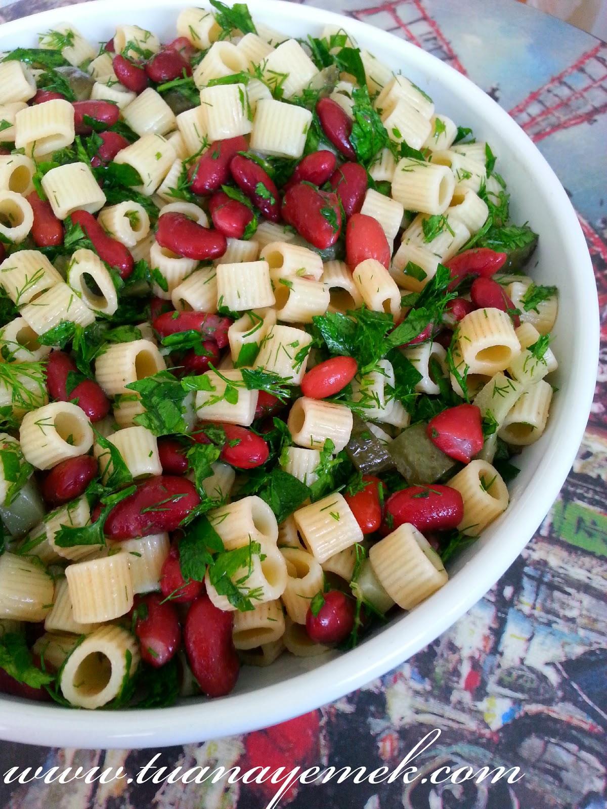 Makarnalı Meksika Fasulyesi Salatası