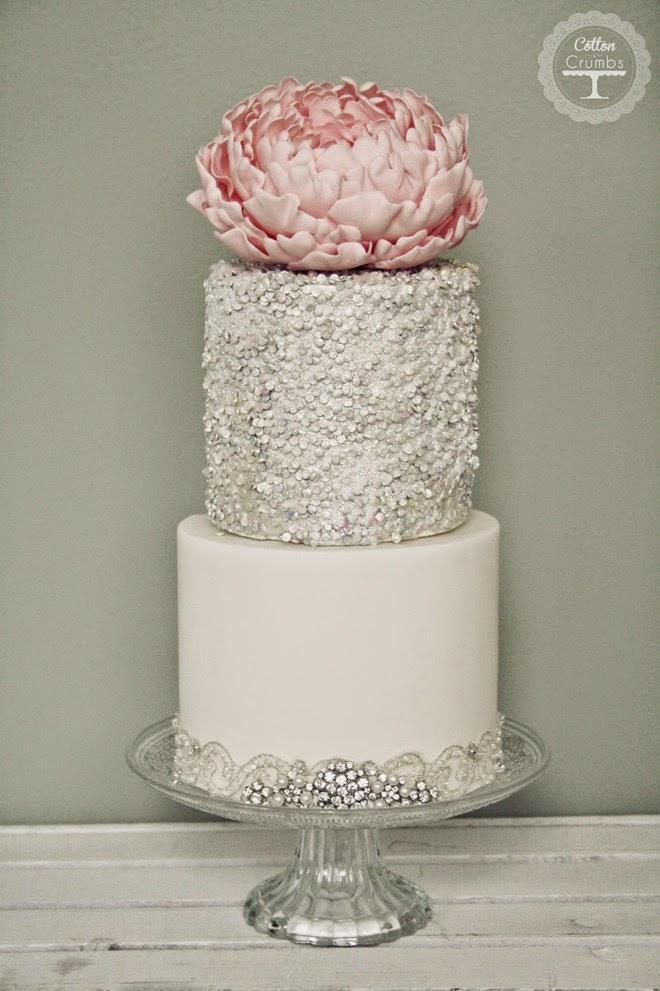 Cake Images Wedding : Wedding Trends : Metallic Cakes - Belle The Magazine