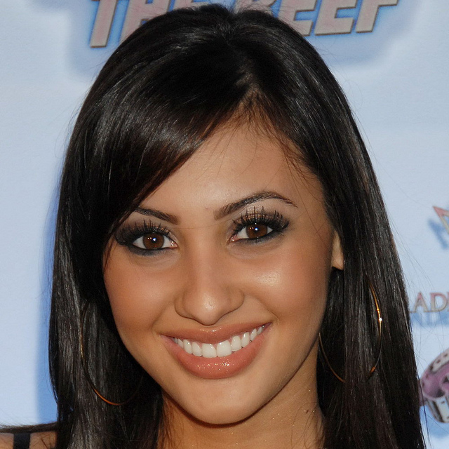 Francia Raisa Biography and Photos