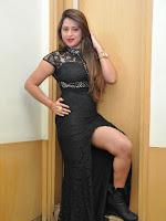 Farah Khan Glam pics at Malini Co pm-cover-photo