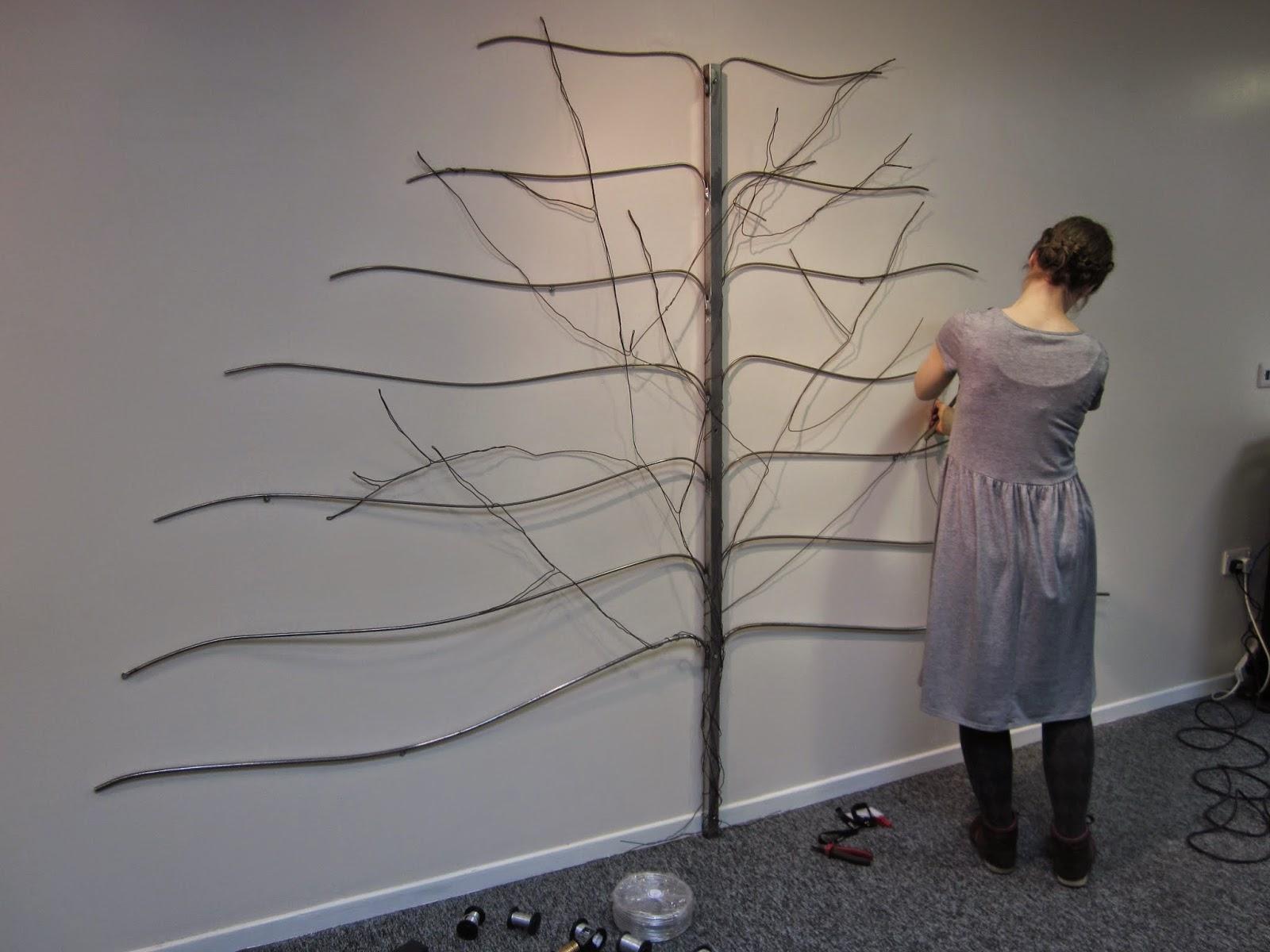 Wire tree sculpture | Gomersal Primary School Art