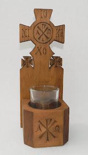 candela lemn sculptata