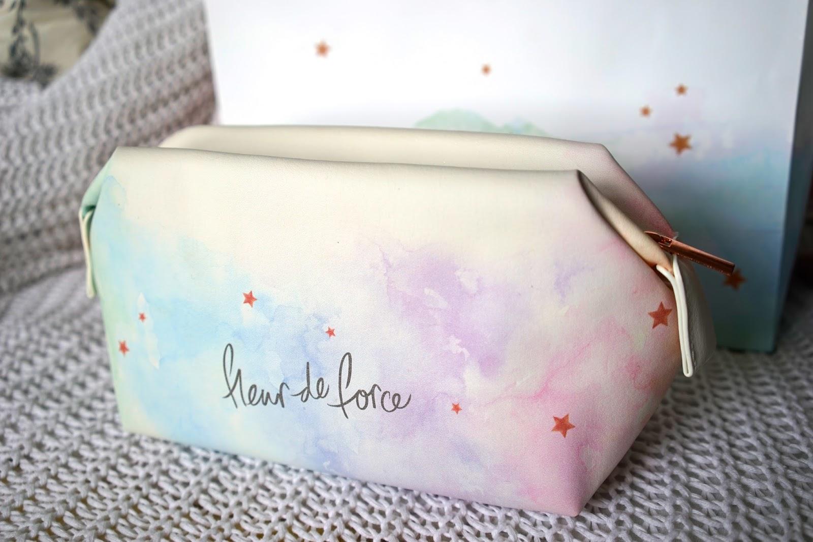 Fleur De Force make up bag