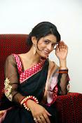 Nidhi Natuiyal Glamorous Photos in Saree-thumbnail-15