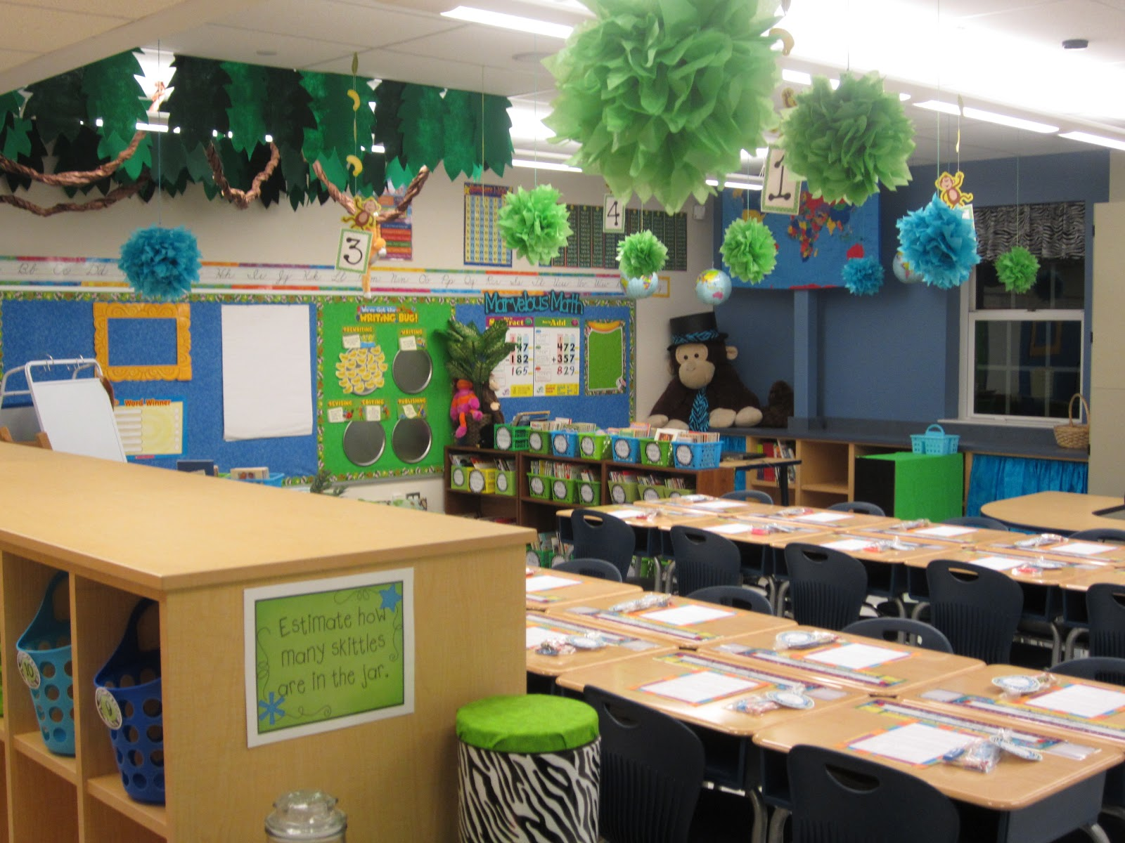 Classroom Decorating Ideas ~ The creative chalkboard classroom tour pictures galore