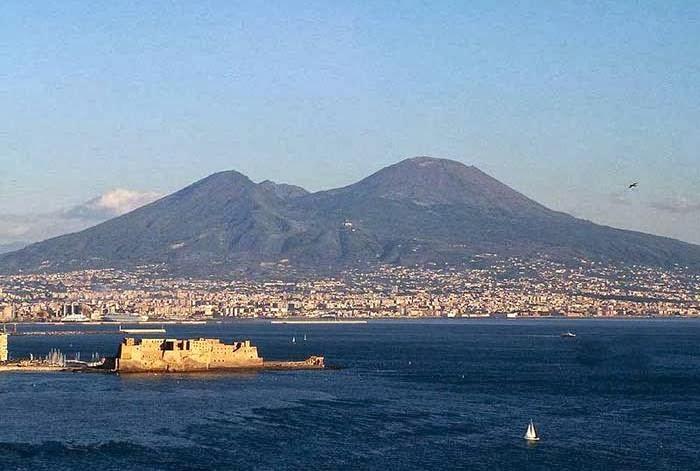 Gunung Vesuvius