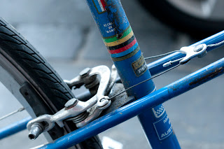 bike, bicycle, the biketorialist, biketorialist, single speed, Melbourne, Victoria, Australia, Peugeot, vintage, mixte, smith street, smith St, blue, brake, cantilever brake, cable, decal tim macauley, timothy macauley, frame, photography, photograph, image,