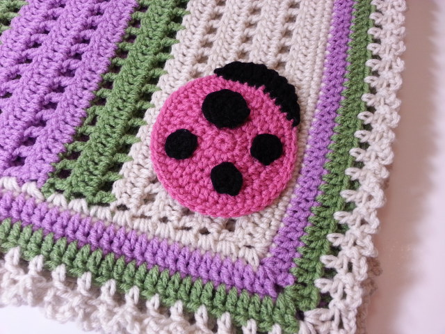 Free Crochet Patterns For Receiving Blankets : Raising Mimi @PoochieBaby: Crochet Ladybug Receiving ...