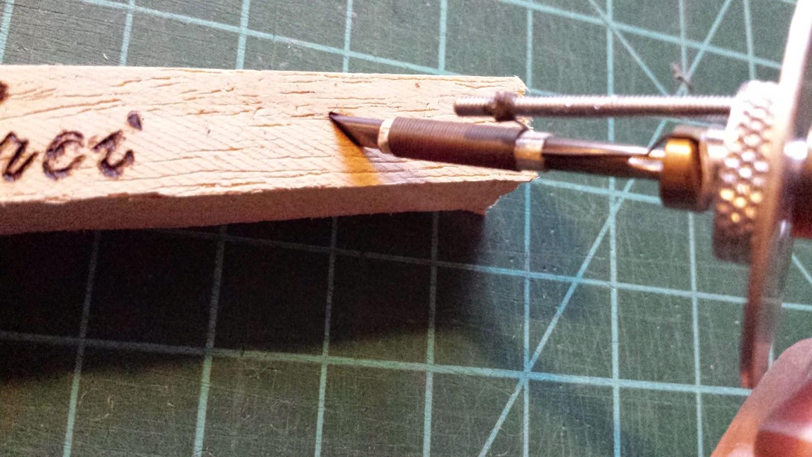 rose de biboun un mot une technique j 39 ai test pour vous la pyrogravure plusieurs diy inside. Black Bedroom Furniture Sets. Home Design Ideas