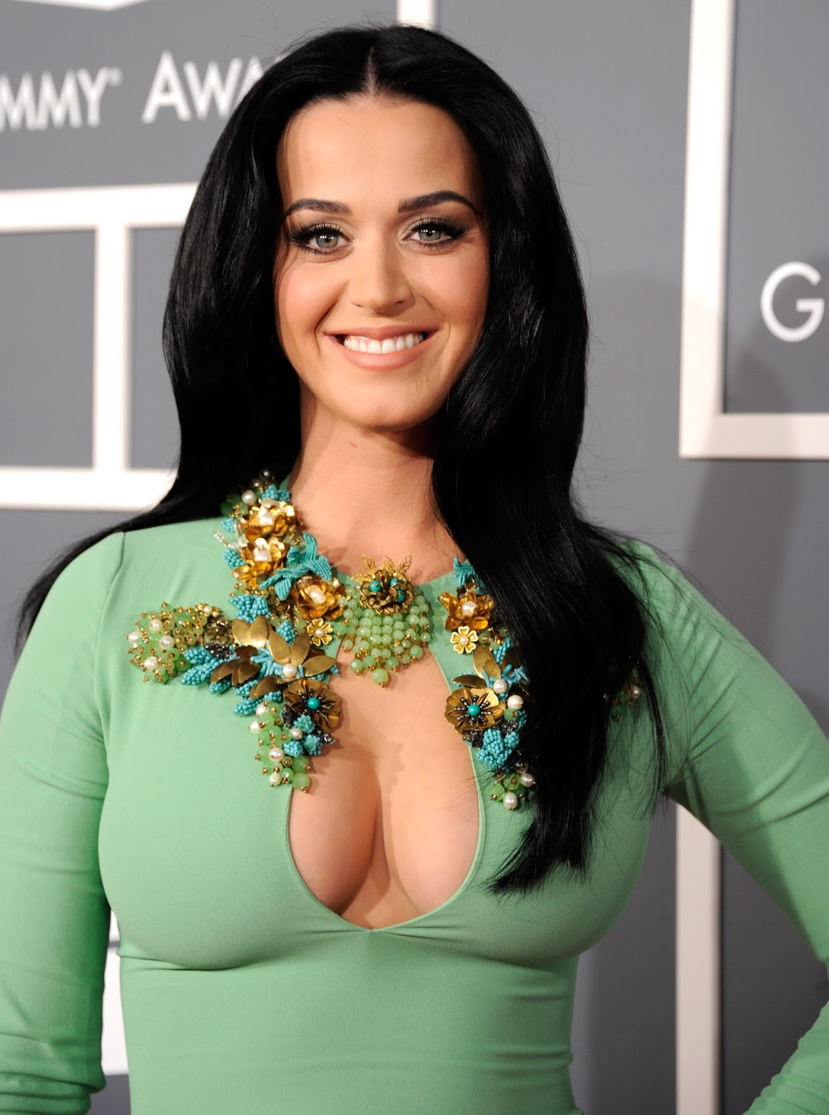 at the grammy awards katy perry stunned in an old hollywood inspired ...