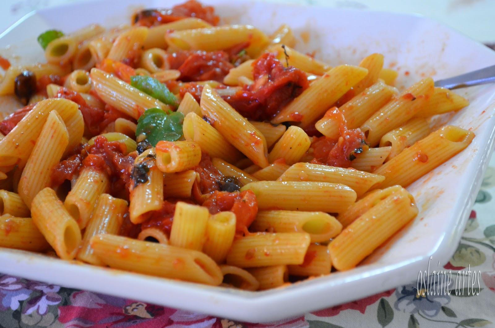 Pasta com Confit de Tomates
