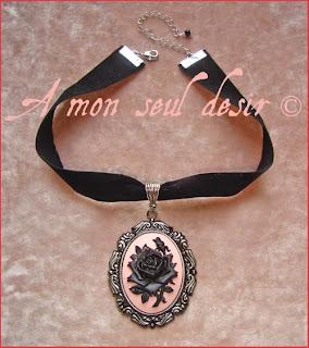 Collier ras de cou victorien gothique romantique camée floral fleur rose noire victorian choker gothic gothik goth cameo necklace