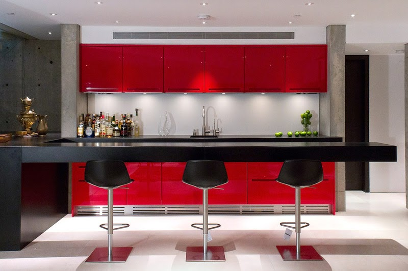 12 counters in kitchens with style that seem to float in space