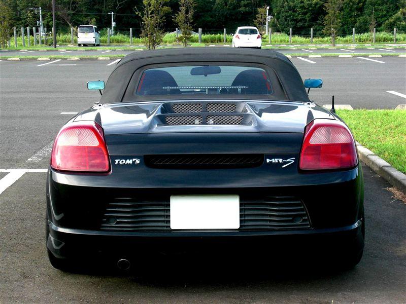 Toyota MR2, ZZW30, ściągany dach, japońska motoryzacja, foto, modyfikacje, sport, JDM, z Japonii, czarna, sprzed faceliftingu, lampy, スポーツカー
