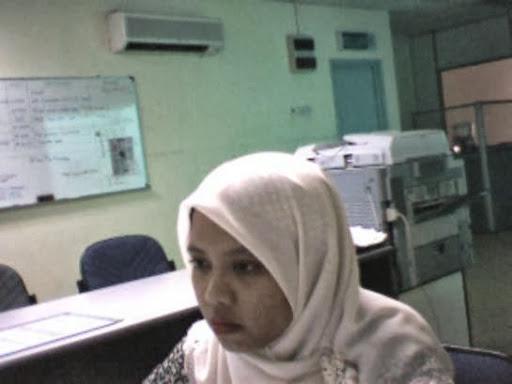 Gambar Bogel Cewe Jilbab Main Camfrog Di Kantor   Melayu Boleh.Com