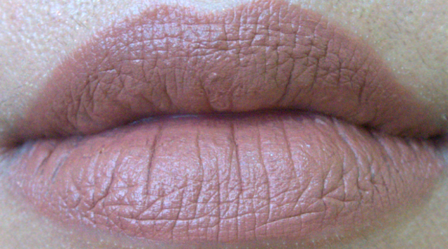 e.l.f. Studio Matte Lip Color in Praline