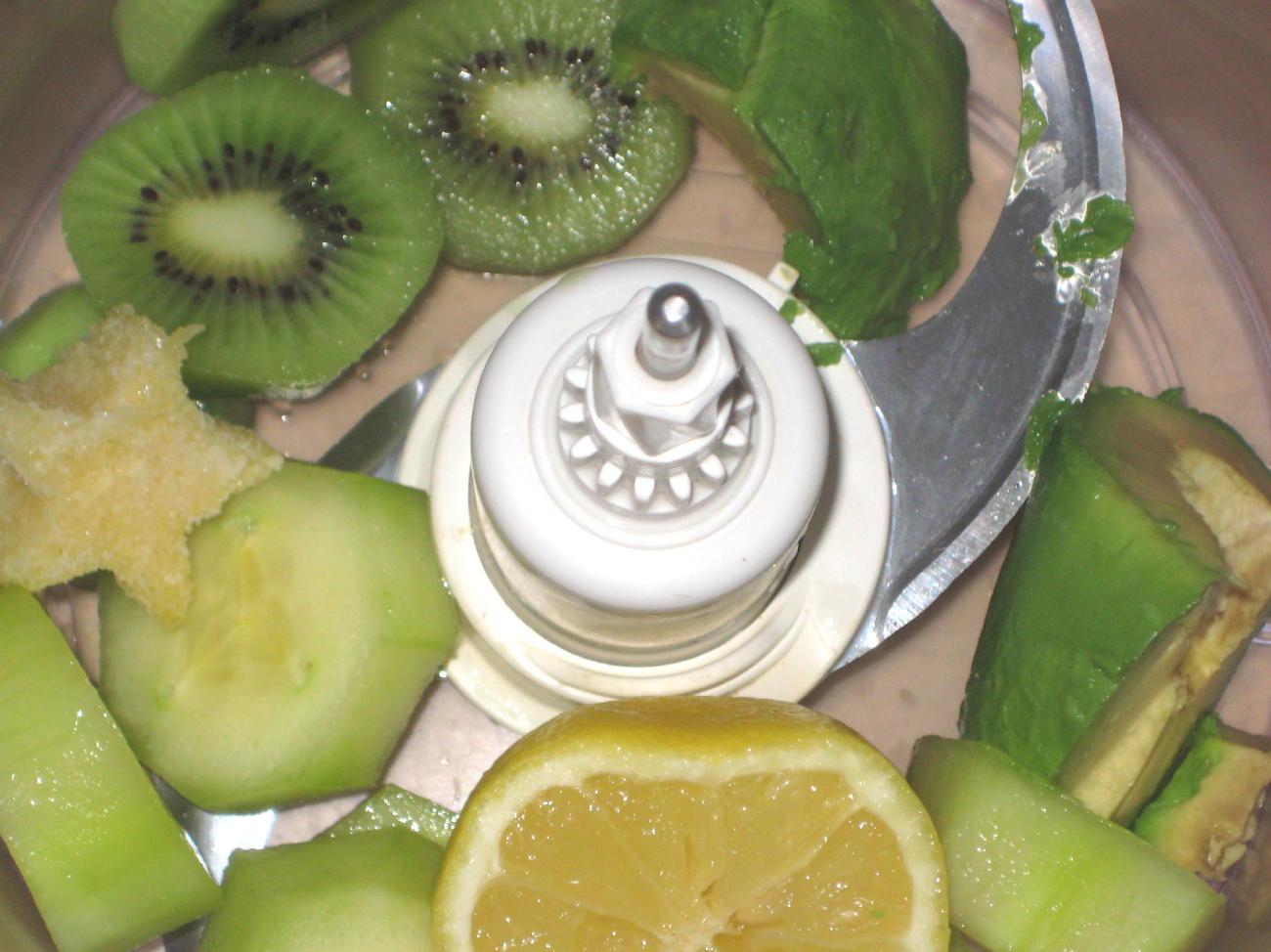 Godt Og Sunt Gr 248 Nn Smoothie Med Avokado Agurk Og Kiwi