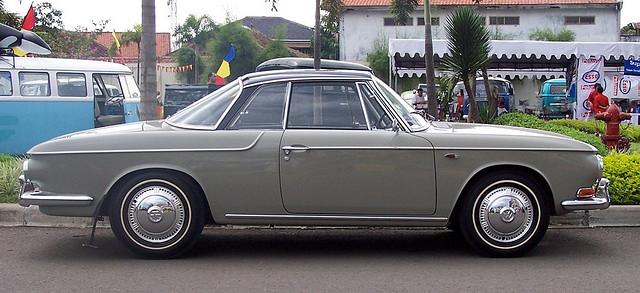 vintage volkswagen indonesia volkswagen type 34 sedan. Black Bedroom Furniture Sets. Home Design Ideas