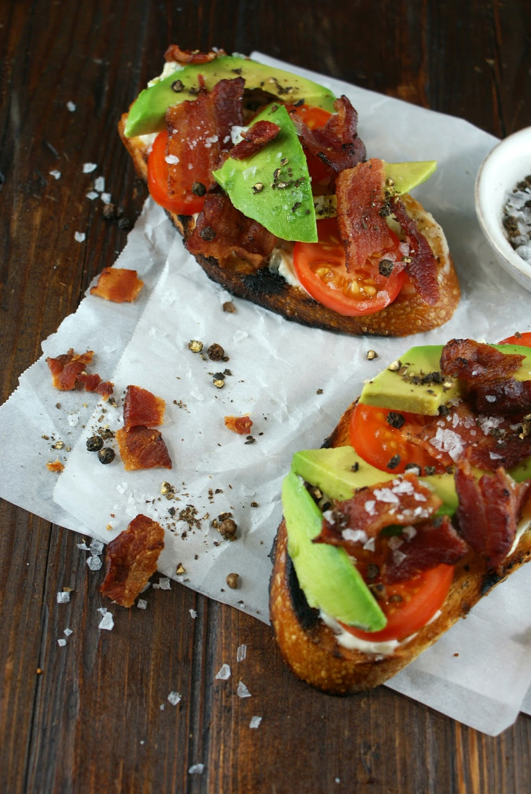 ... Gourmet: Avocado, Bacon and Tomato Tartines | Friday Night Bites