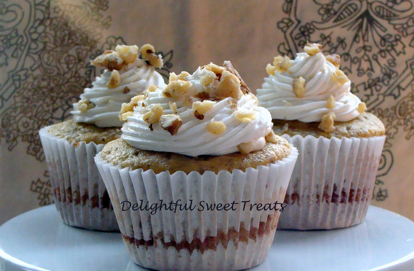 ... : Low Fat Cinnamon Roll Cupcakes with Low Fat Cream Cheese Frosting