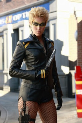 What every smart-dressed Canary is wearing in Smallville these days!