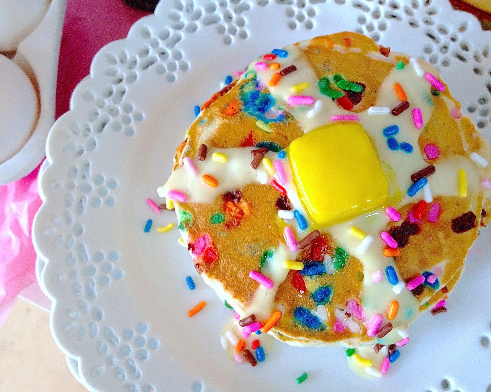 Funfetti Birthday Cake Pancakes
