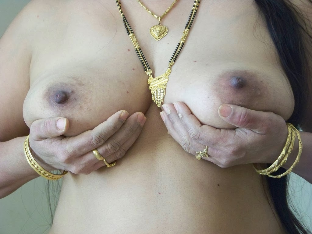 Married Secretary Aunty with Boss | Boobs + Pussy = Sexiest Together