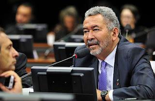 Bancada alagoana vota contra o governo federal na PEC da AGU