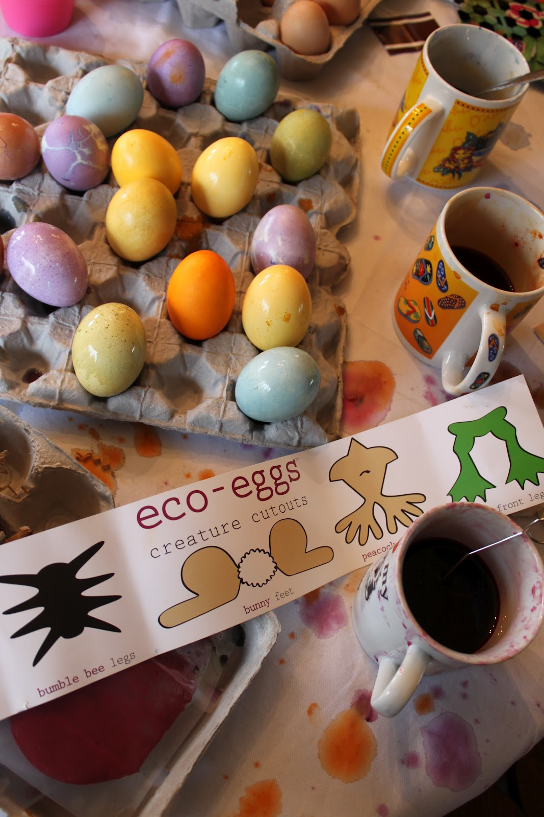 Green owl art eco eggs egg coloring kit product review some of the colors take a bit longer than a chemical dye to really get a deep color but its a good opportunity to cut out these adorable egg legs that geenschuldenfo Gallery