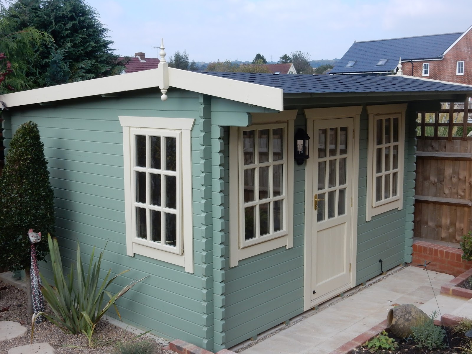 Southwick 39 s garden offices 12 39 x 11 39 fully insulated for Insulated garden office