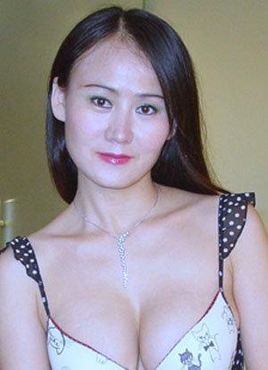 Sepong on Tante Girang Erotis Diranjang Panas Seks Foto Tante Girang ...