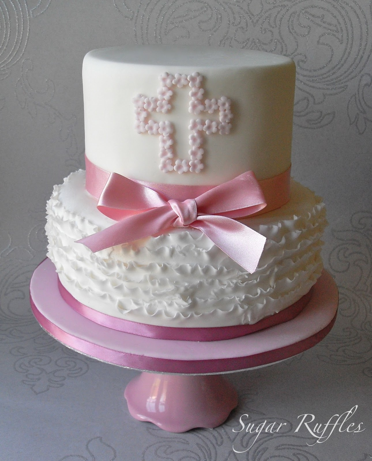Images Of Cake For Christening : Sugar Ruffles, Elegant Wedding Cakes. Barrow in Furness ...