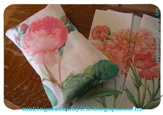 under side of Tissue Purse packs made by Kura Carpenter