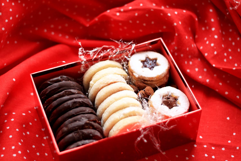 Ricette Di Biscotti Da Regalare A Natale.Elisa Nel Paese Delle Meraviglie Christmas Special I Biscotti Da