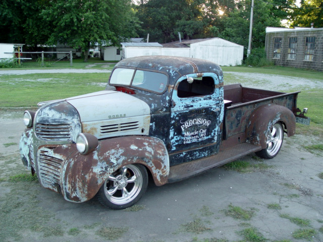 247 AUTOHOLIC: Truck Tuesday - 1947 Dodge