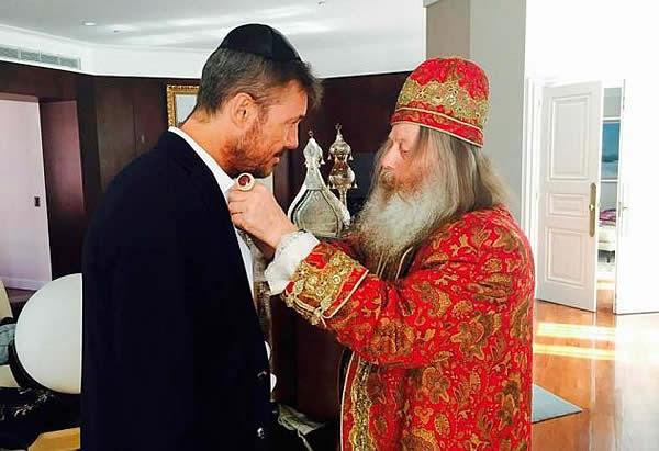 Marcelo Tinelli, bendecido por un famoso rabino cabalista