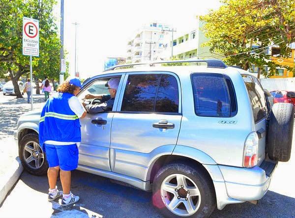 Estacionamento no centro da cidade de Cabo Frio