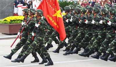Một đơn vị QĐND Việt Nam duyệt binh tại Lễ kỷ niệm 1000 năm Thăng Long - Hà Nội.