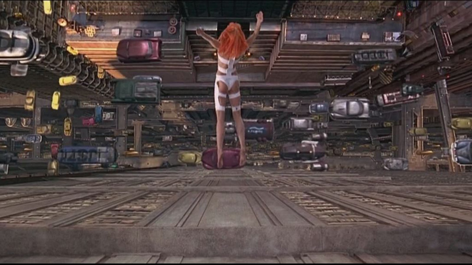 The Fifth Element: Plot