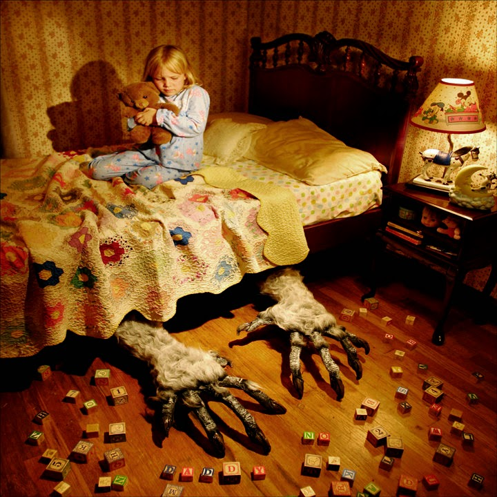 "Joshua Hoffine ""Monster under the bed"""