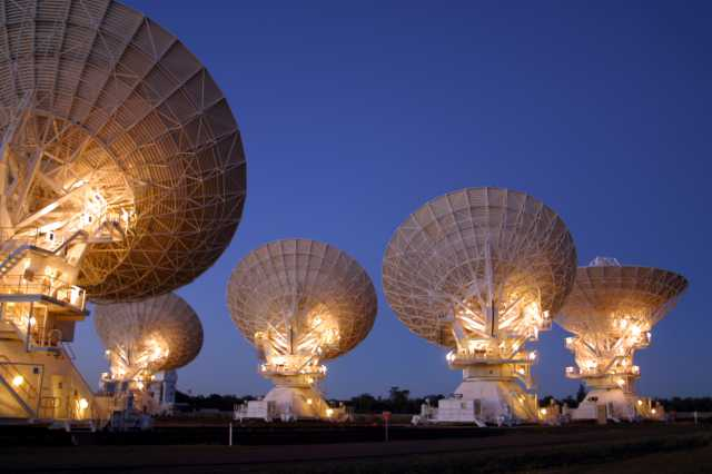 Australian Square Kilometer Satellite Array Detects 5-Billion-Year-Old Signal From Deep Space