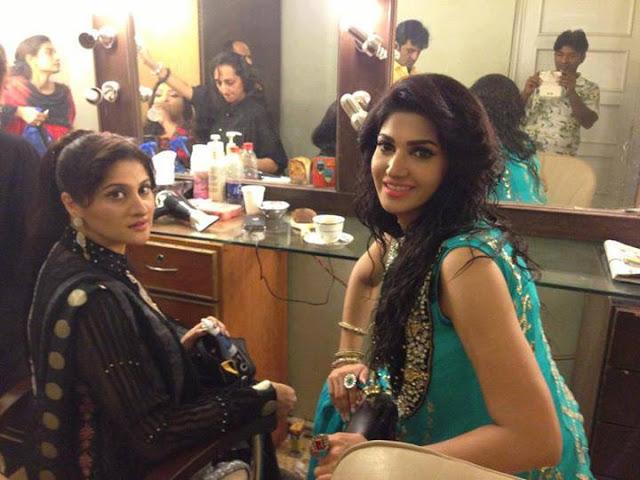 Most Beautiful Sana Fakir And Sahiba At HUM TV Eid Show 2013