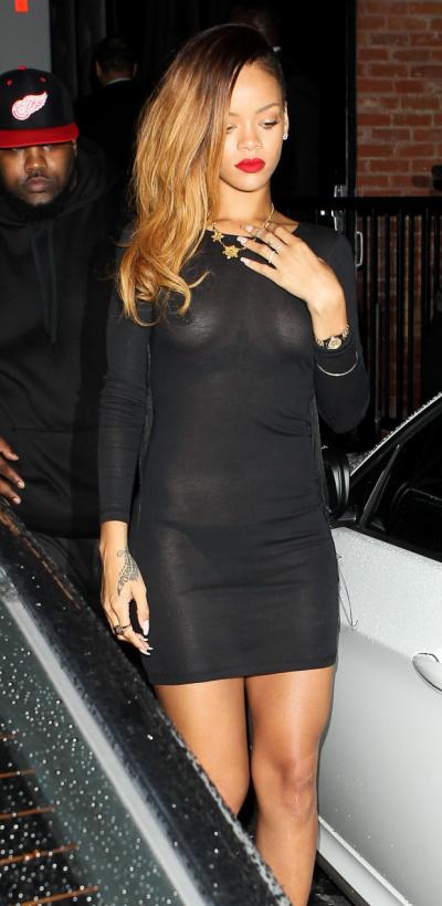 Rihanna Naked 23 Photos
