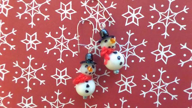 beaded snowman charms