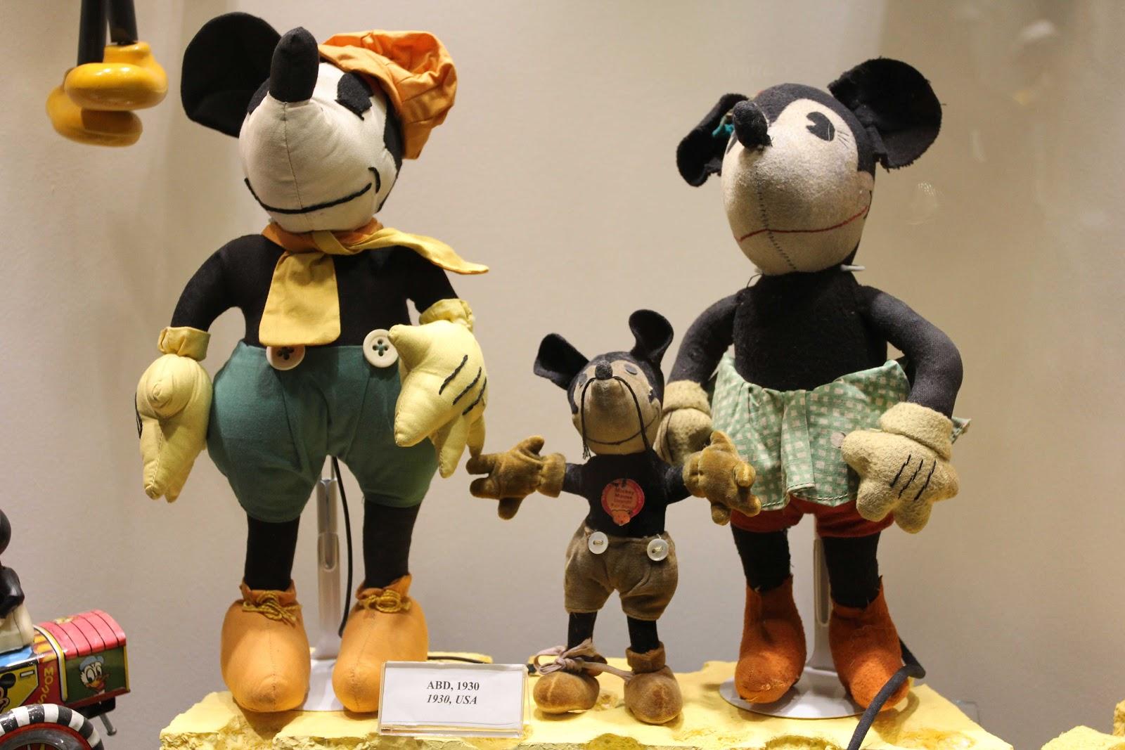 İlk Mickey Mouse Oyuncağı Türkiye'de 85