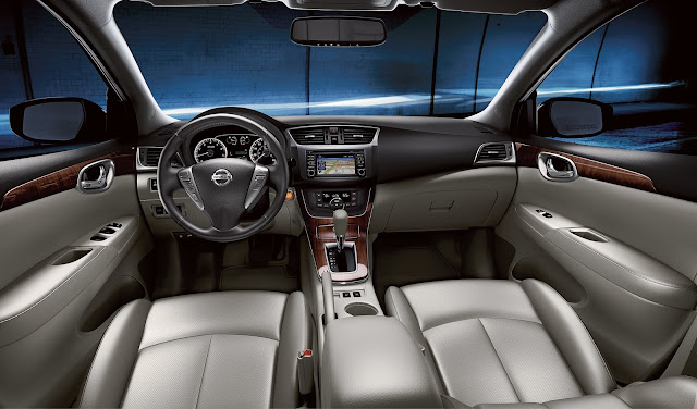 Interior view of 2015 Nissan Sentra