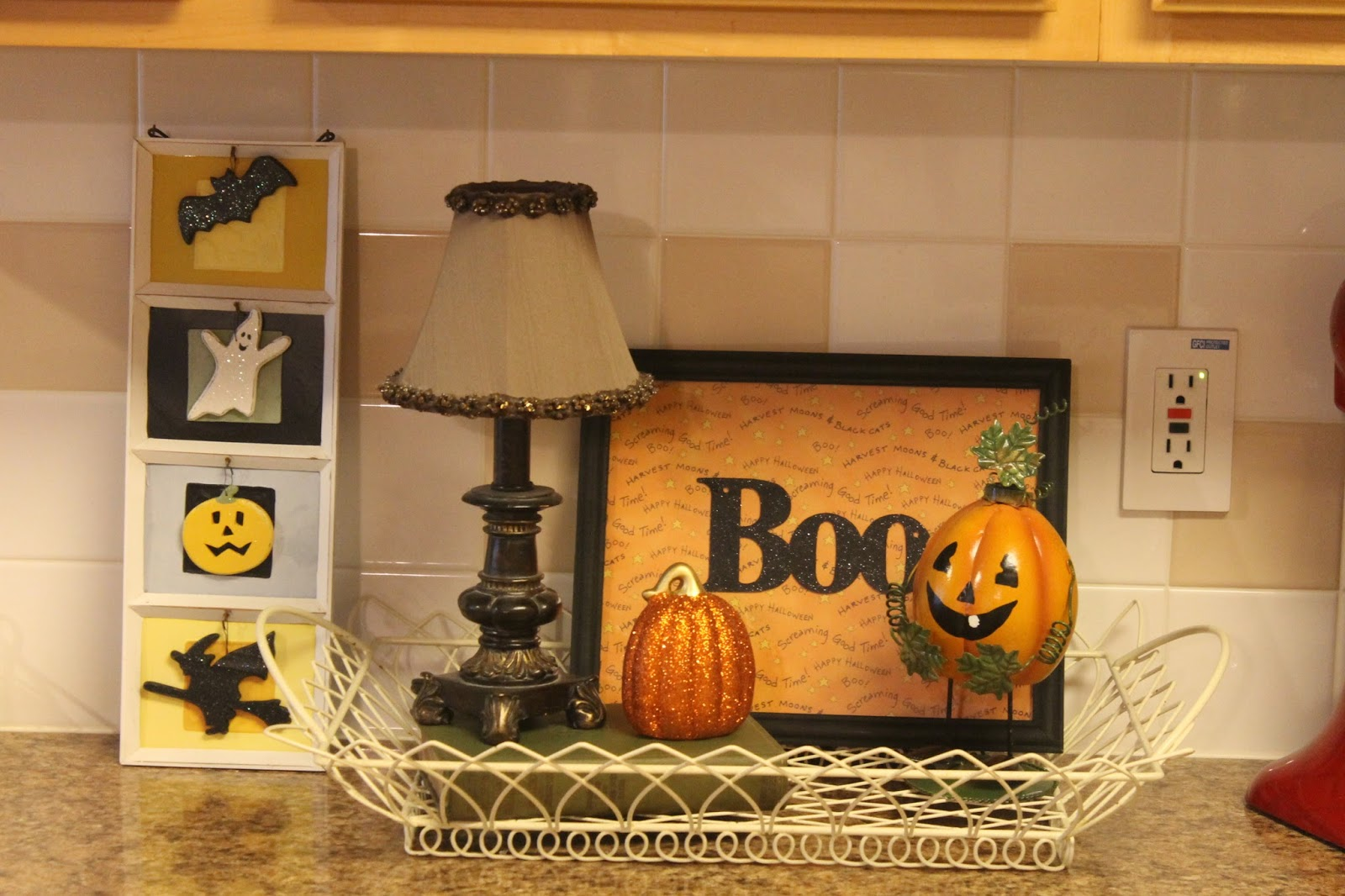 that - Halloween Kitchen Decor