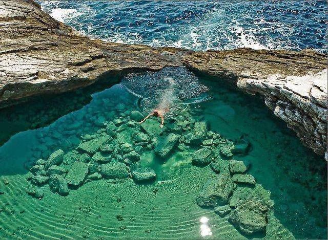 La laguna Giola: Una de la mas Bella del mundo.