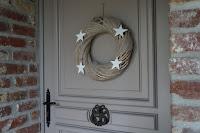 couronne-de-Noël-bois-lin-étoiles-blanches-urlu-et-berlu-nord
