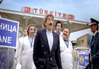cem-yılmaz-turk-telekom-reklamı-bulgaristan-sınırı